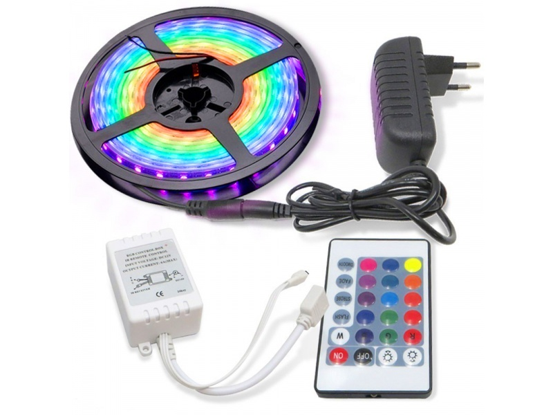 Rollo Cinta de Tiras LED RGB 5 Metros de largo con Transformador y Control remoto (Modelo 2835)